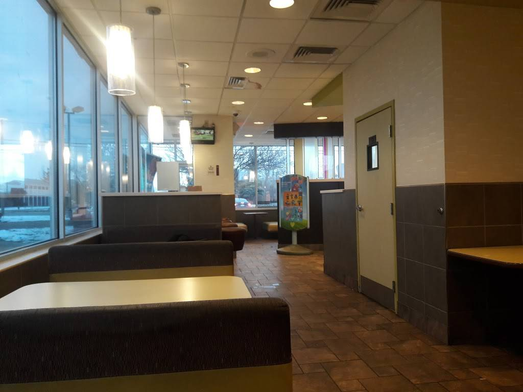 McDonalds | cafe | 27125 Cherry Hill Rd, Inkster, MI 48141, USA | 3132776758 OR +1 313-277-6758