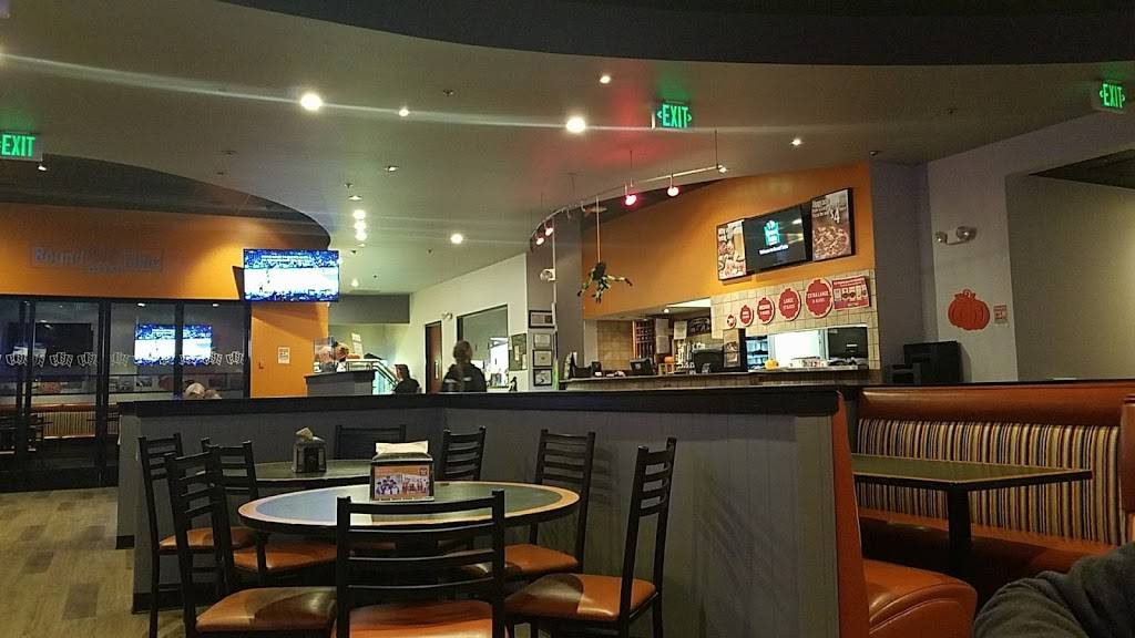 Round Table Pizza Meal Delivery 253 Spreckels Ave Manteca Ca 95336 Usa