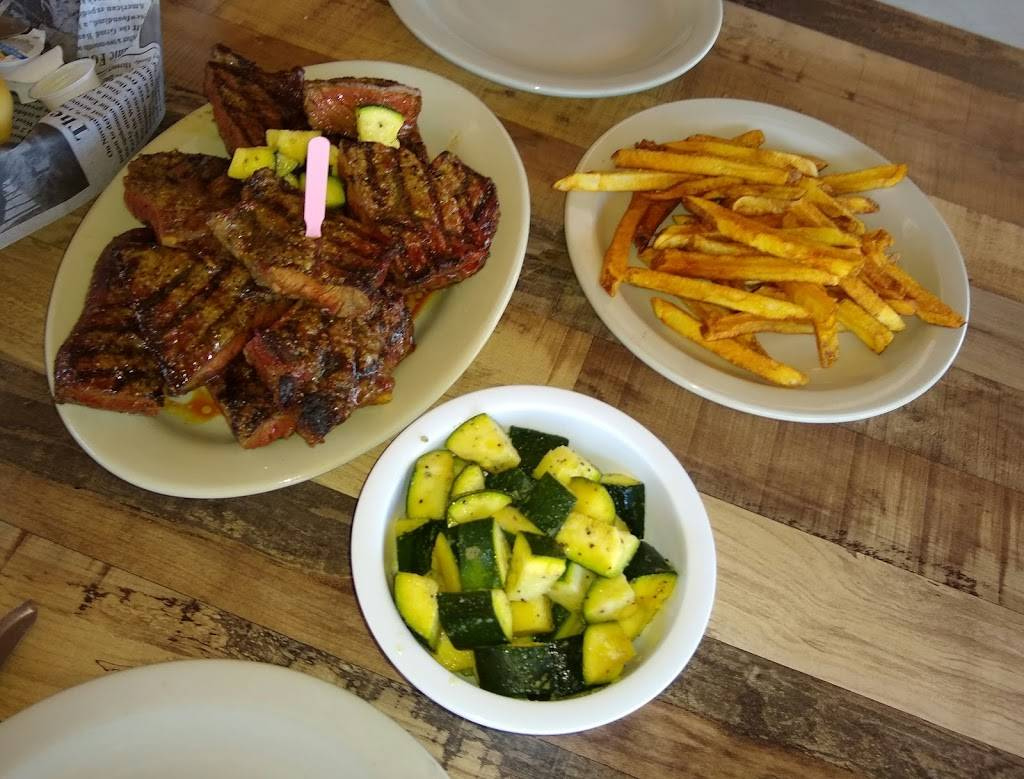 Beefmaster Steakhouse-Weatherford | restaurant | 509 N Main St, Weatherford, TX 76086, USA | 6822621427 OR +1 682-262-1427