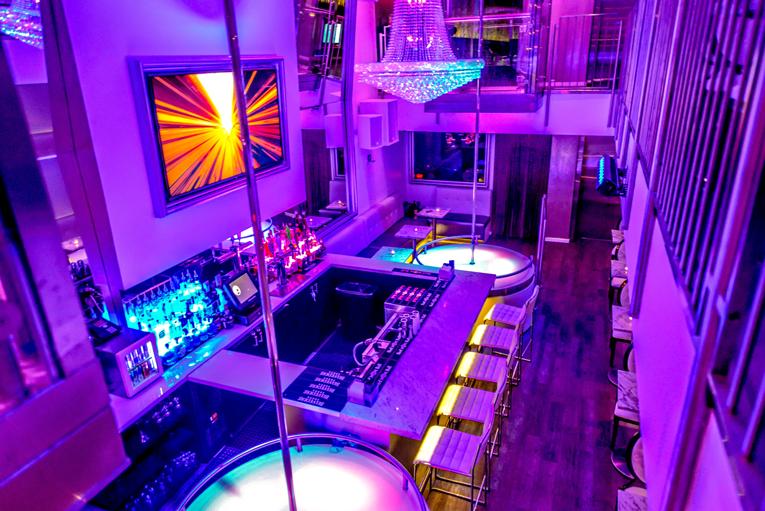 The Mpire Gentlemens Club   night club   1819 M St NW, Washington, DC 20036, USA   2028088300 OR +1 202-808-8300