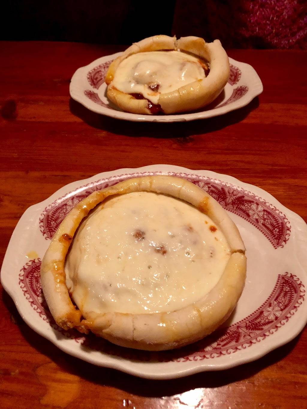 Chicago Pizza and Oven Grinder Company   restaurant   2121 N Clark St, Chicago, IL 60614, USA   7732482570 OR +1 773-248-2570