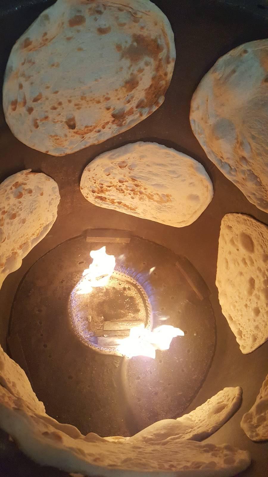 Shaikh Bakery افران الشيخ | bakery | 15831 W Warren Ave, Detroit, MI 48228, USA | 3139450025 OR +1 313-945-0025