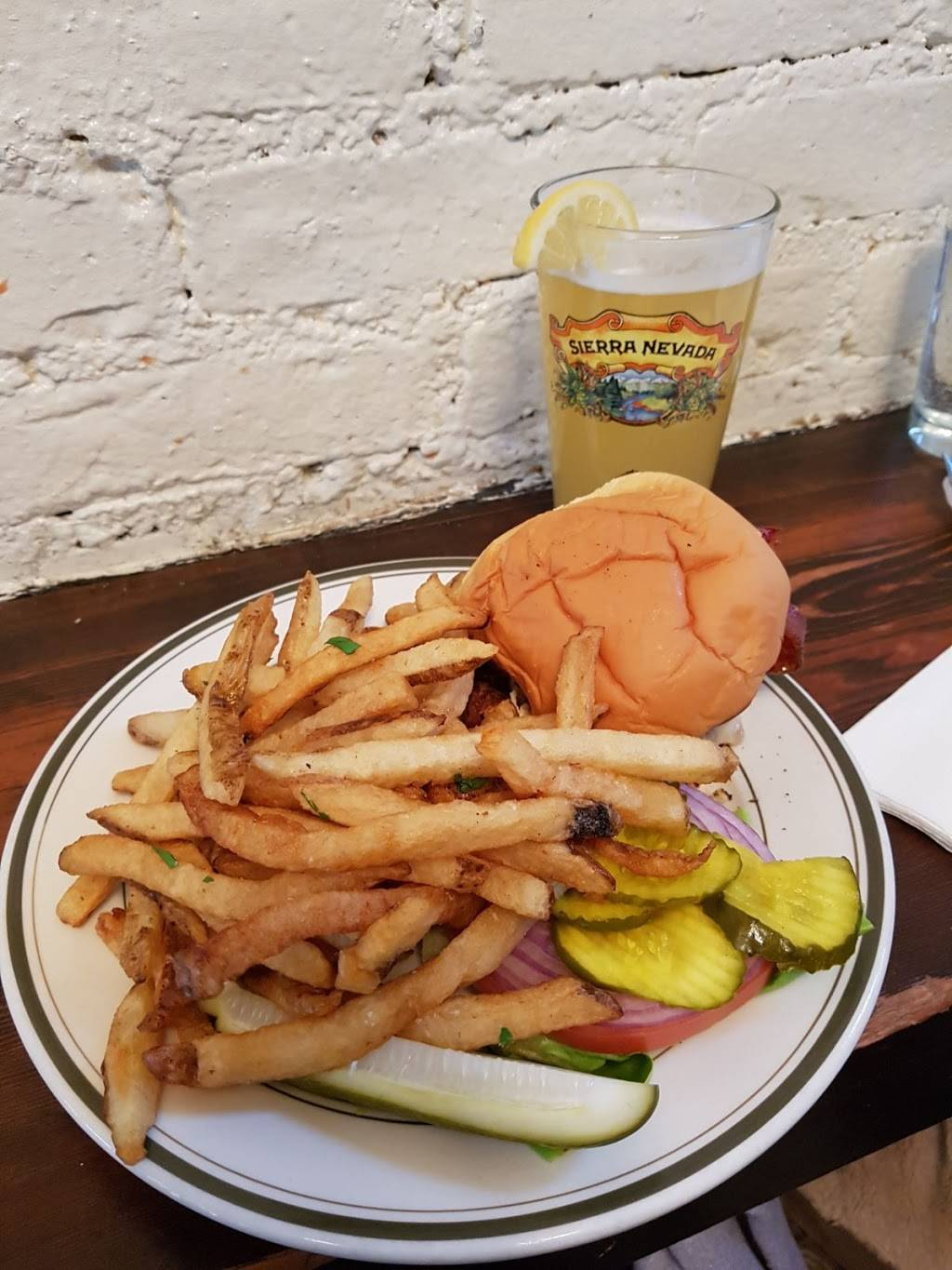 DuMont Burger | restaurant | 314 Bedford Ave, Brooklyn, NY 11211, USA | 7183846127 OR +1 718-384-6127