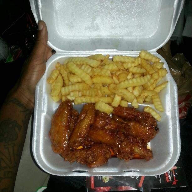 Perry Wings Restaurant | restaurant | 10817 NW 27th Ave, Miami, FL 33167, USA | 3056039841 OR +1 305-603-9841