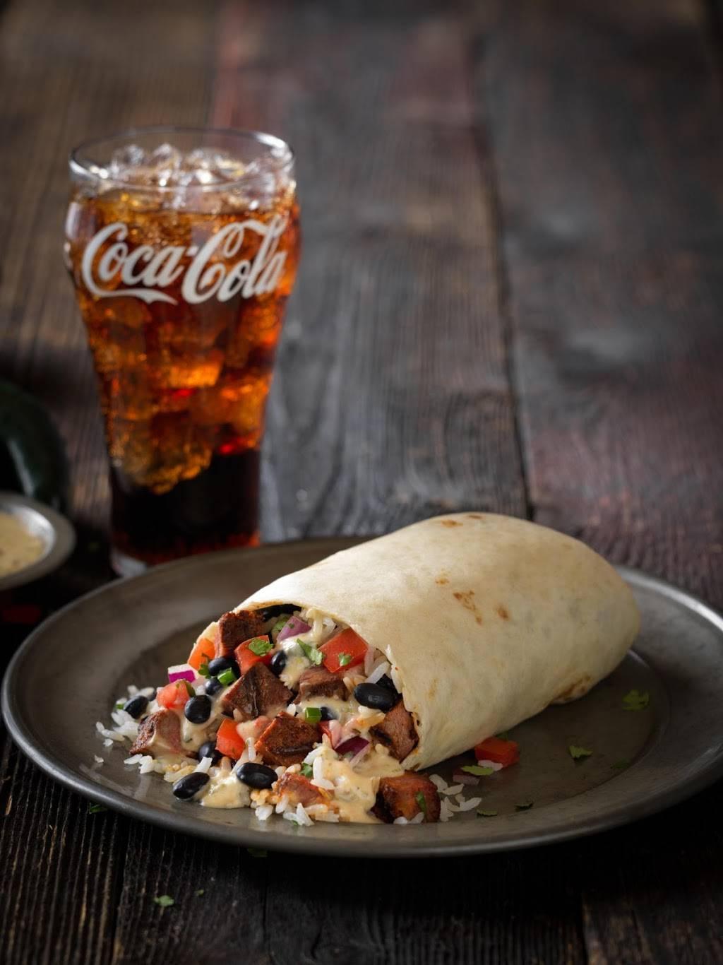 QDOBA Mexican Eats | restaurant | 950 Frontenac Dr, Winona, MN 55987, USA | 5074742200 OR +1 507-474-2200