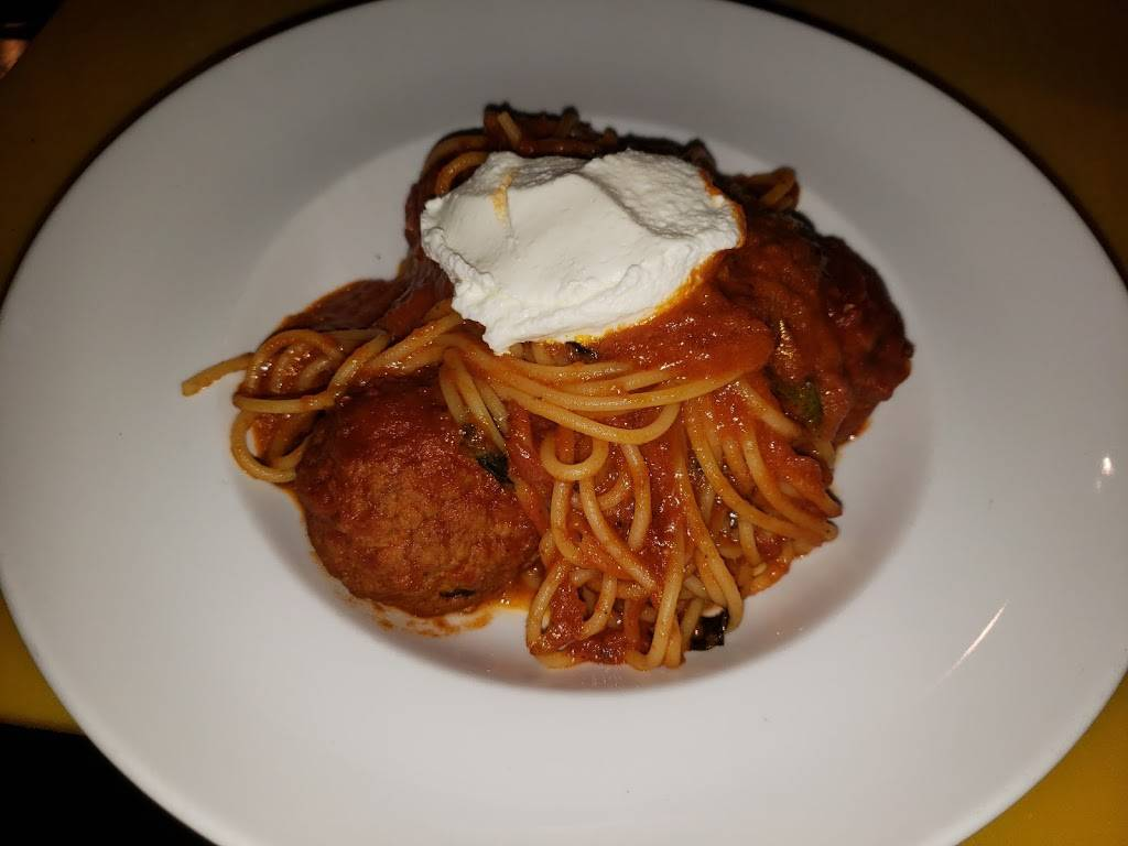 Arthur Avenue Fiasco | restaurant | 2376 Arthur Ave, Bronx, NY 10458, USA | 7186180806 OR +1 718-618-0806