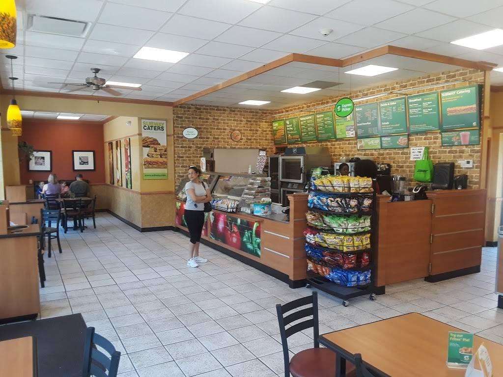 Subway   restaurant   940 Post Rd E, Westport, CT 06880, USA   2032272626 OR +1 203-227-2626