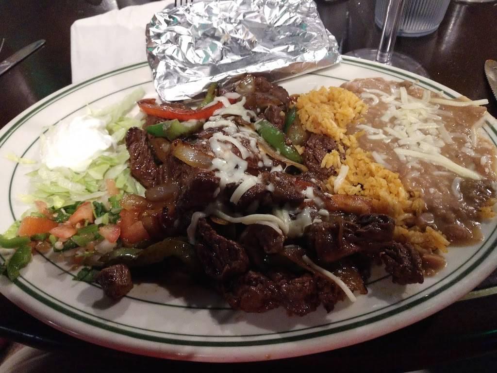 Casa Santiago Restaurant 227 Heustis St Yorkville Il 60560 Usa