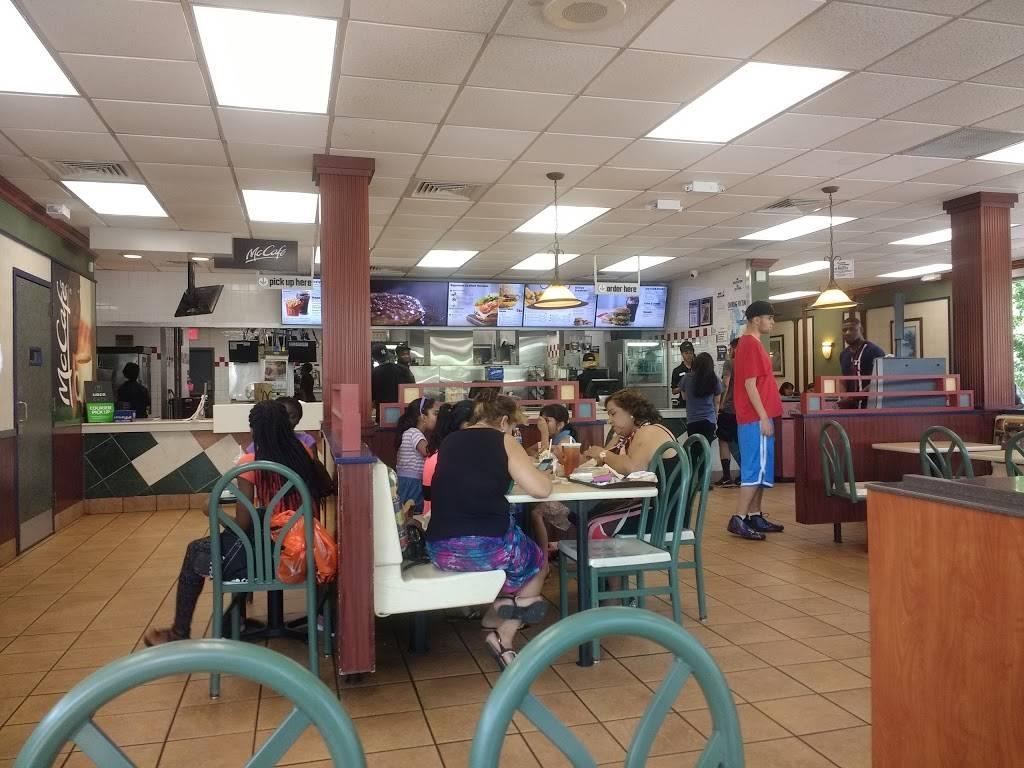 McDonalds | cafe | 1865 Bruckner Blvd, Bronx, NY 10472, USA | 7188637289 OR +1 718-863-7289