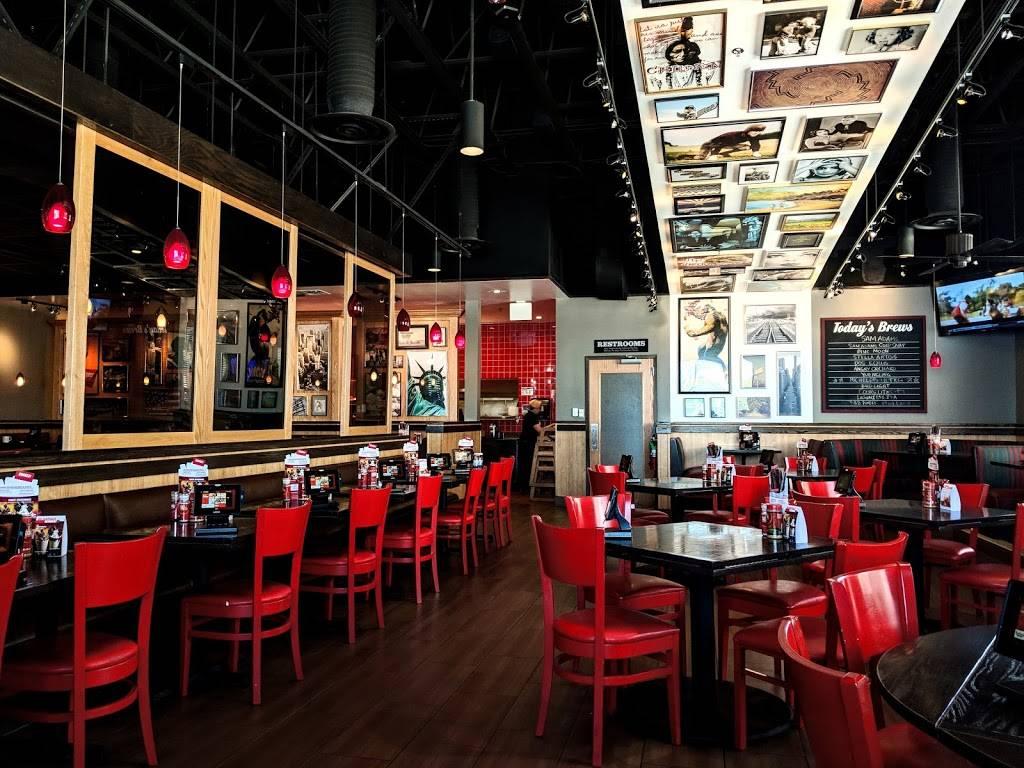 Red Robin Gourmet Burgers and Brews   restaurant   6401 Bluebonnet Blvd, Baton Rouge, LA 70836, USA   2253082772 OR +1 225-308-2772