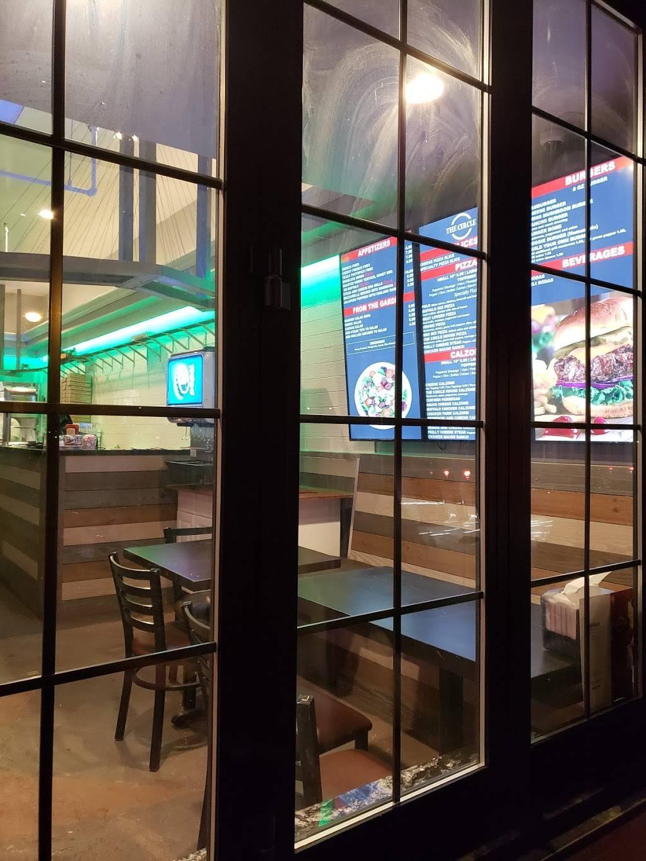 The Circle Pizza   restaurant   356 Chestnut Hill Ave, Brighton, MA 02135, USA   6174878868 OR +1 617-487-8868