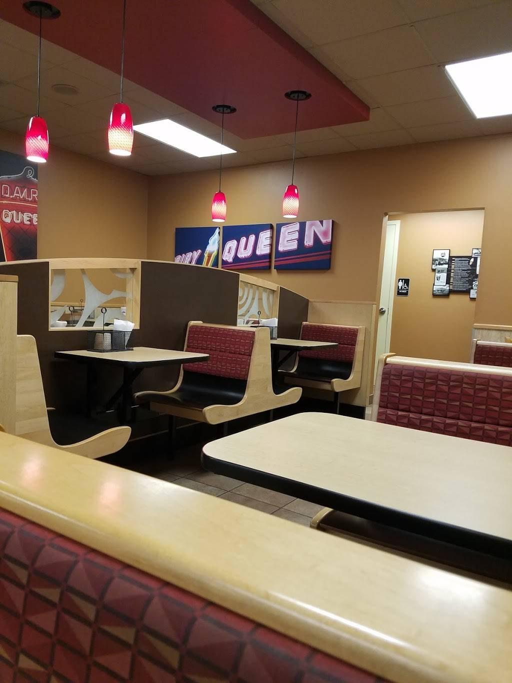 Dairy Queen Store   restaurant   3003 E State Hwy 21, Bryan, TX 77803, USA   9798227221 OR +1 979-822-7221