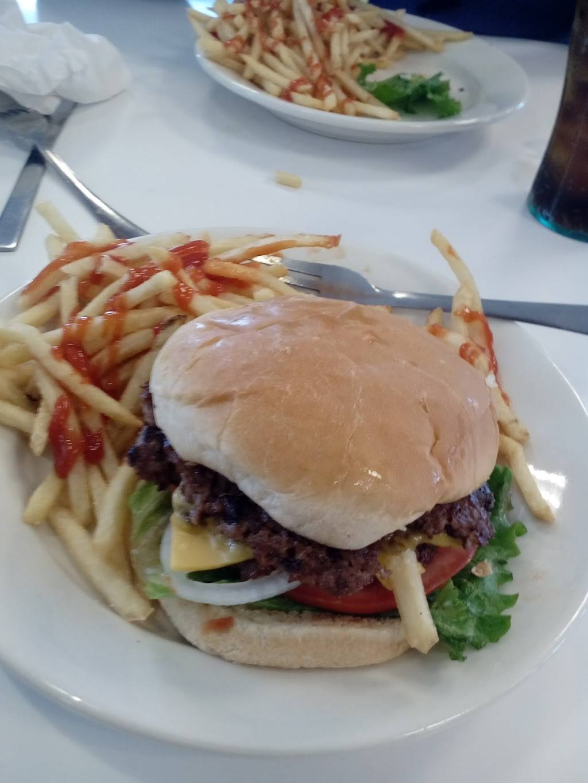 Steak n Shake   restaurant   3232 Bardstown Rd, Louisville, KY 40205, USA   5024562670 OR +1 502-456-2670