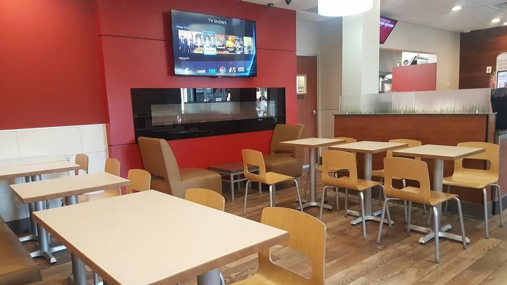 Wendys   restaurant   3939 Broadway, New York, NY 10032, USA   2129280321 OR +1 212-928-0321