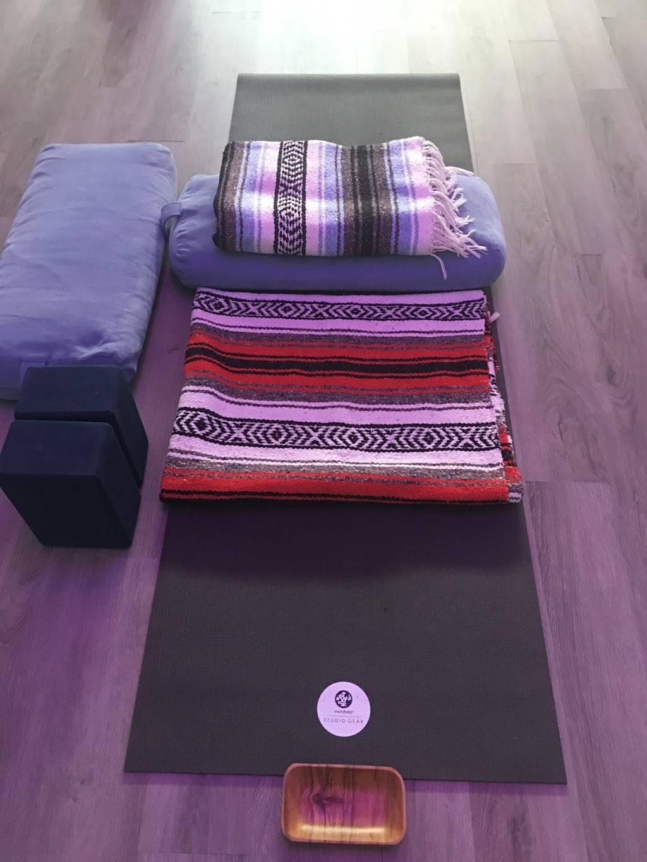 Studio Harbor Ashiatsu + Massage | restaurant | 316 1/2 E Mitchell St #4, Petoskey, MI 49770, USA | 2318387619 OR +1 231-838-7619