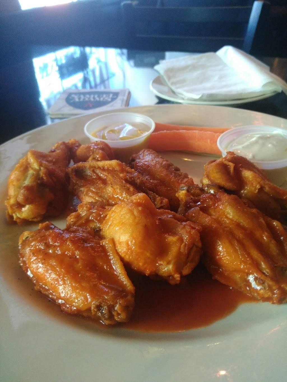 P J Leahys | restaurant | 5002 Vernon Blvd, Long Island City, NY 11101, USA | 7184725131 OR +1 718-472-5131