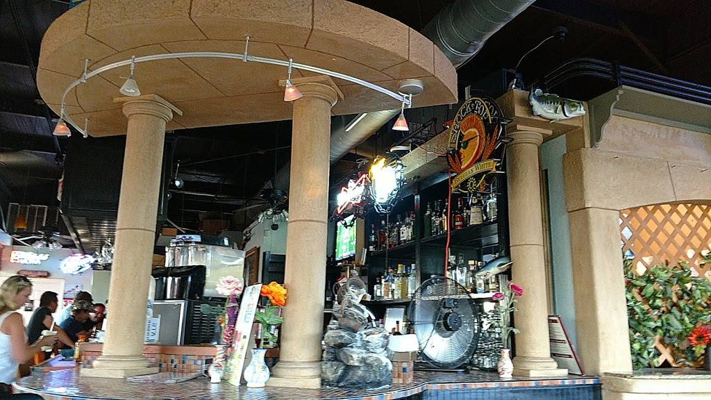 EL Rey Restaurant Bar N Grill   restaurant   2400 US-290, Dripping Springs, TX 78620, USA   5128585459 OR +1 512-858-5459