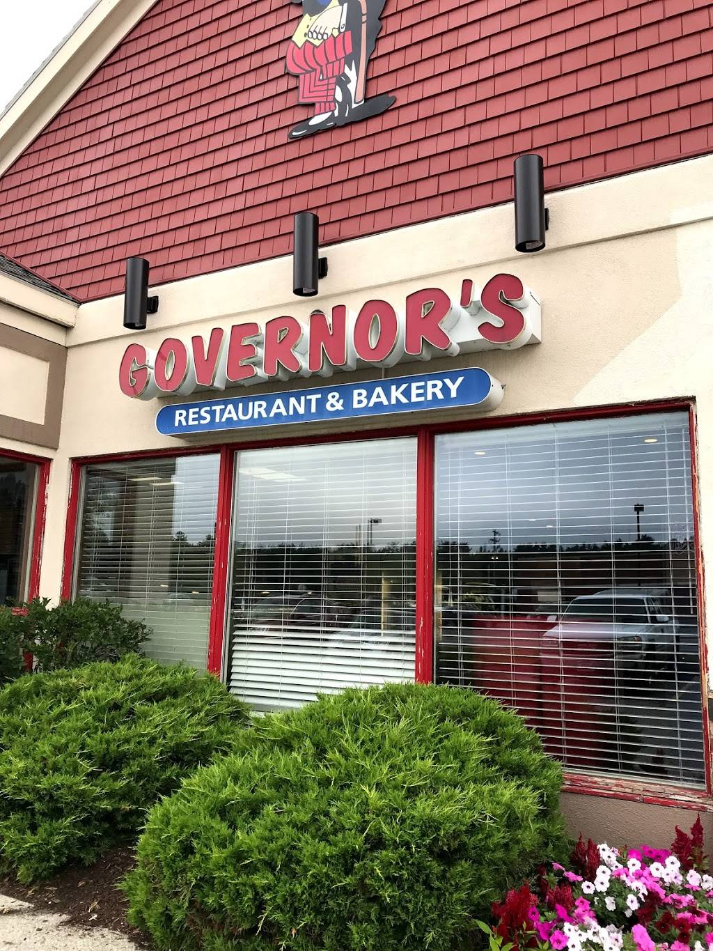 Governors Restaurant & Bakery | bakery | 1715, 253 High St, Ellsworth, ME 04605, USA | 2076101880 OR +1 207-610-1880
