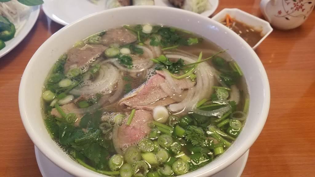 Kung Fu Phò | restaurant | 7243 Boulder Ave, Highland, CA 92346, USA | 9099075499 OR +1 909-907-5499