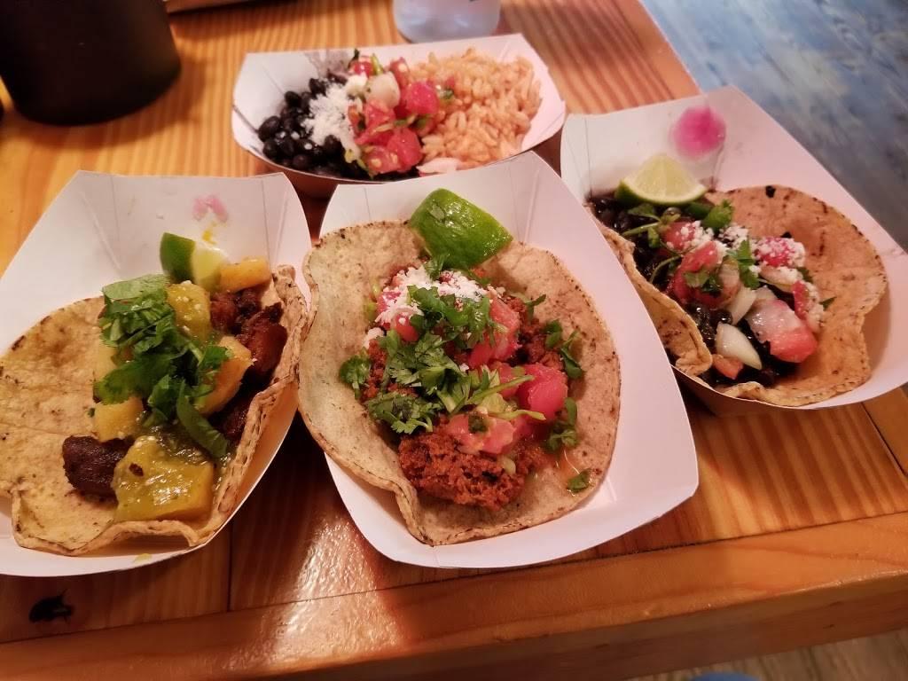 Oaxaca Taqueria | restaurant | 152 E 33rd St, New York, NY 10016, USA | 2126844404 OR +1 212-684-4404