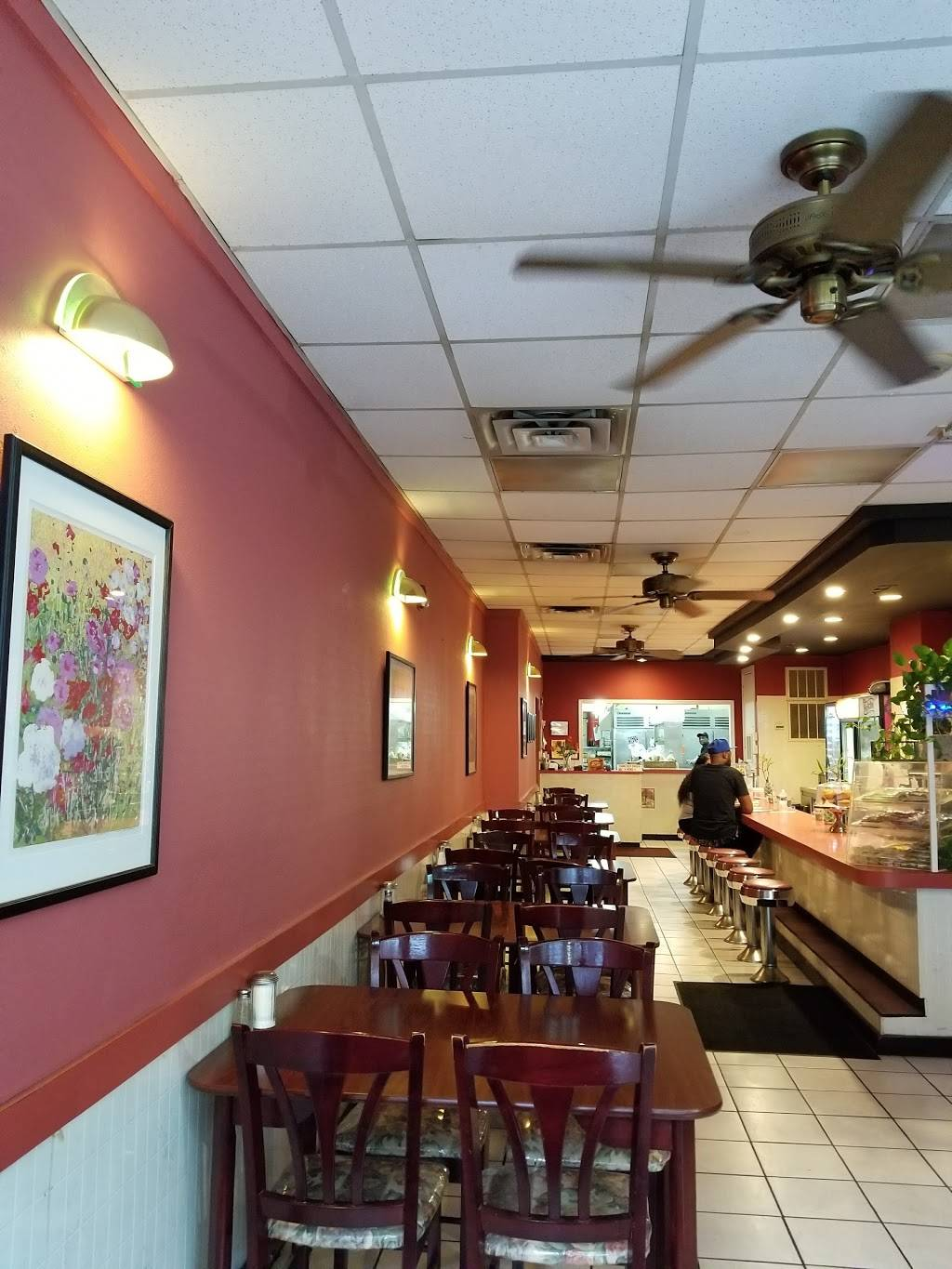 Cambridge Restaurant | restaurant | 505 Avenue of the States, Chester, PA 19013, USA | 6108748313 OR +1 610-874-8313