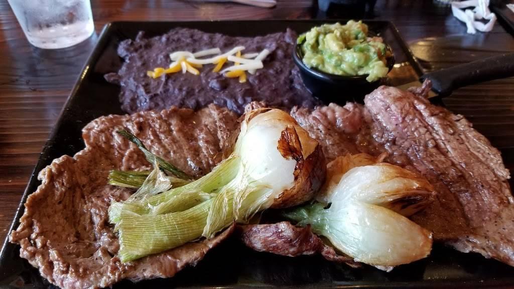 MonteCasino Mexican Grill | restaurant | 53 E St Charles Rd, Villa Park, IL 60181, USA | 6303593525 OR +1 630-359-3525