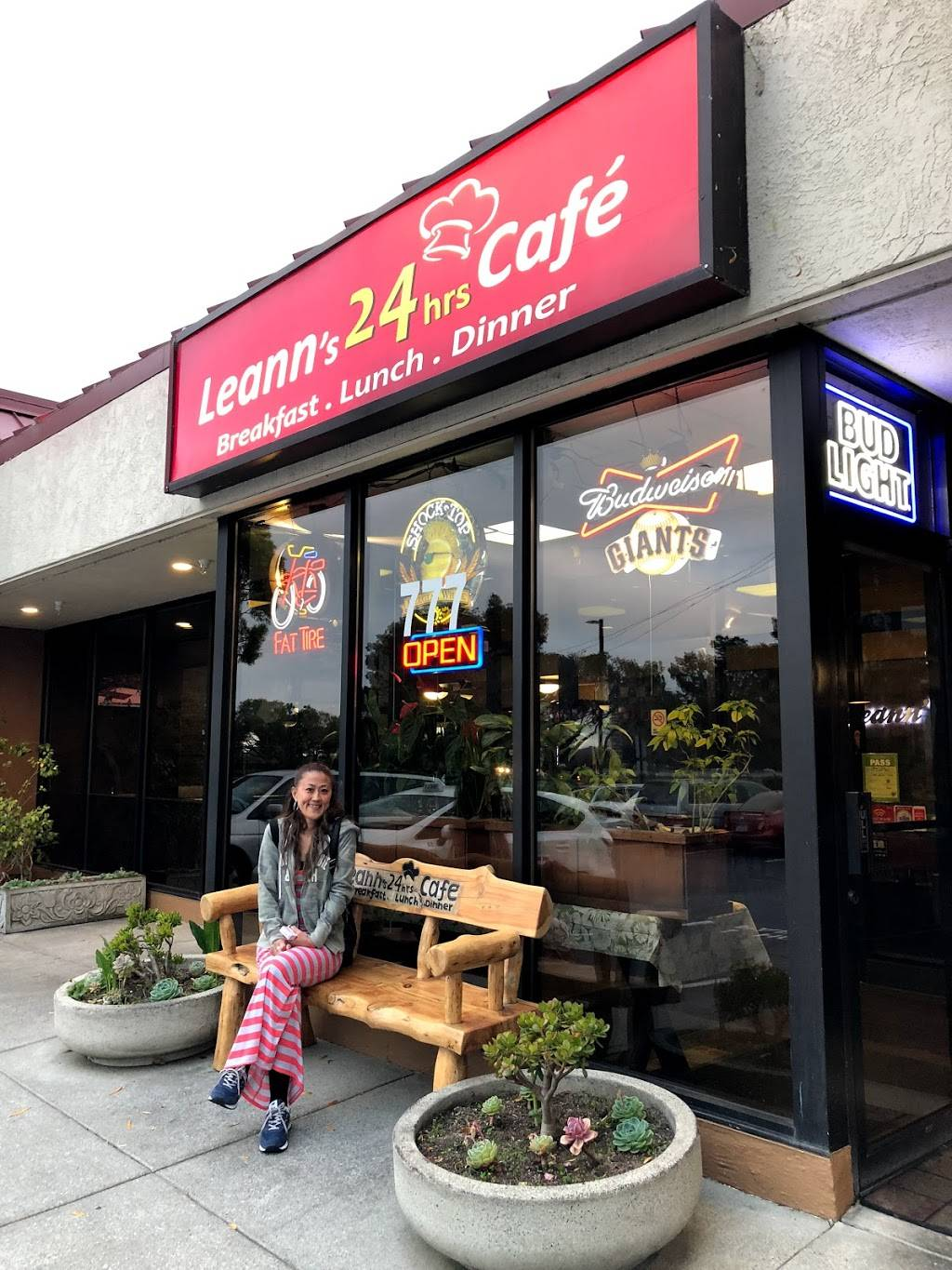Leann Cafe   cafe   777 Airport Blvd, Burlingame, CA 94010, USA   6503428248 OR +1 650-342-8248