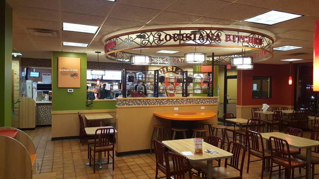 Popeyes Louisiana Kitchen Restaurant 2141 Green Bay Rd North Chicago Il 60064 Usa