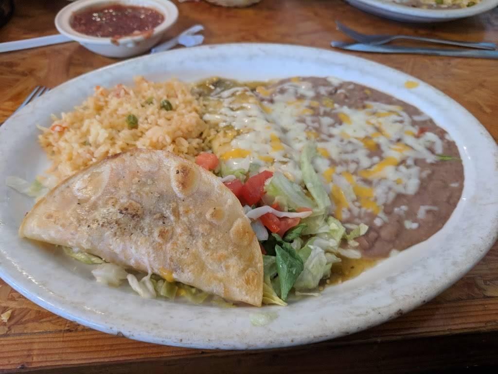 Panchos Villa Mexican Restaurant | restaurant | 32804 Pennsylvania Ave, San Antonio, FL 33576, USA | 3525883037 OR +1 352-588-3037
