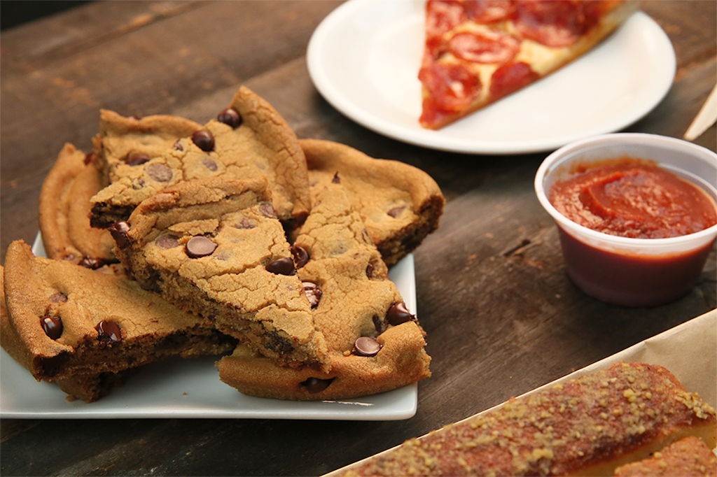 Pizza Hut   meal takeaway   43 Craft Ln, Craigsville, WV 26205, USA   3047425398 OR +1 304-742-5398