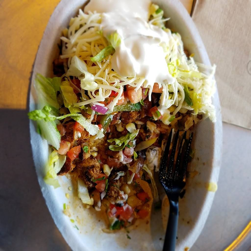 Chipotle Mexican Grill | restaurant | 9761 Vista Way, Garfield Heights, OH 44125, USA | 2166626402 OR +1 216-662-6402