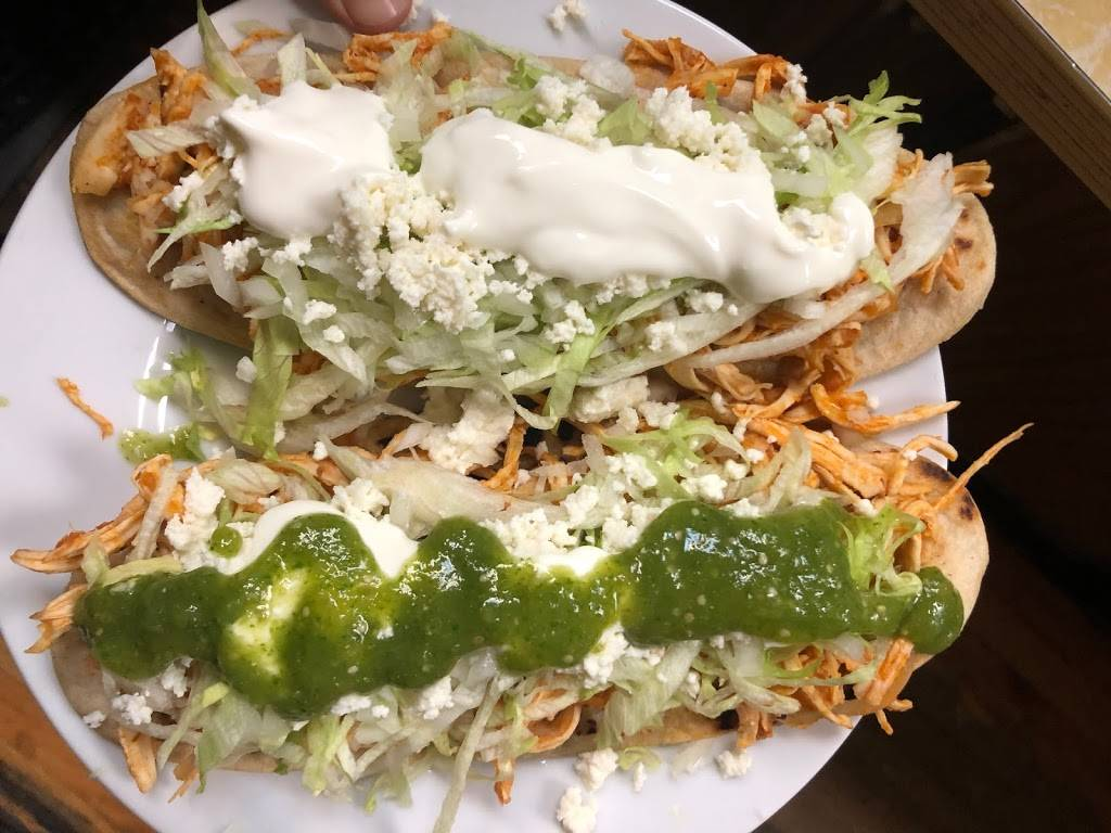 Lola's Mexican food & deli | restaurant | 8311 Grand Ave, Queens, NY 11373, USA | 7184267160 OR +1 718-426-7160