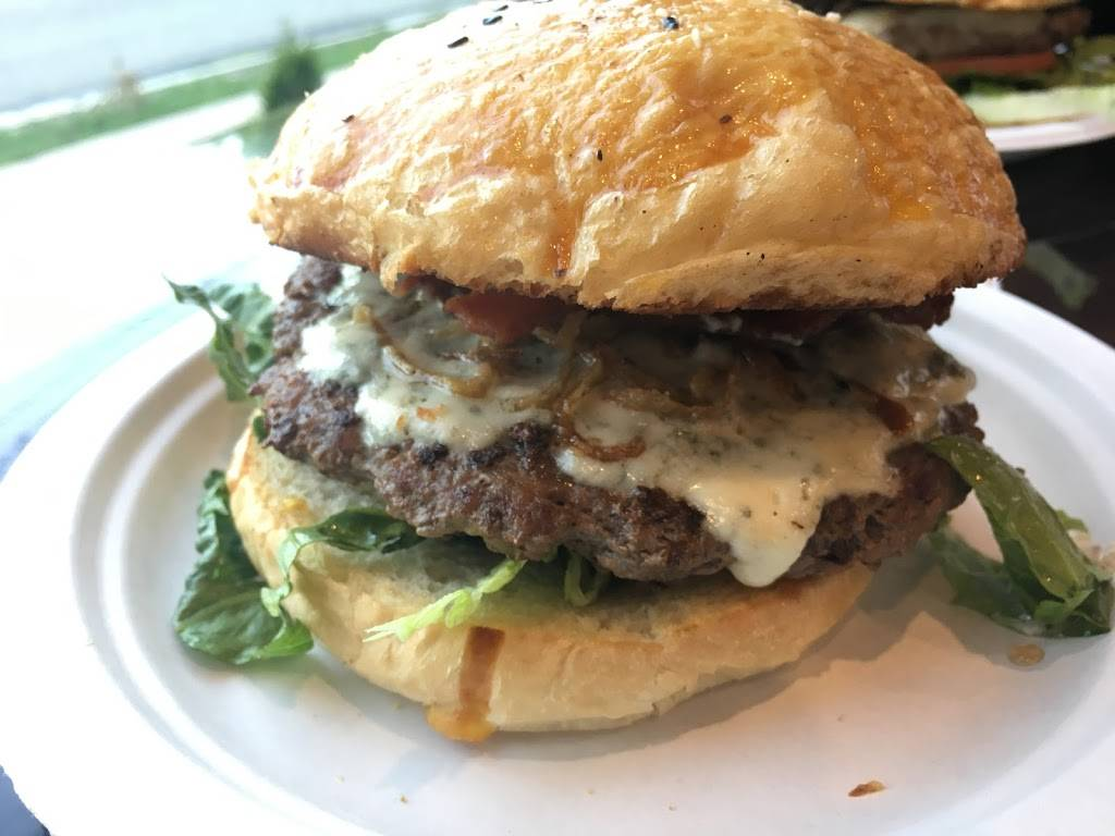 Nova Burger Grill and Cafe | restaurant | 45 Liberty St, Little Ferry, NJ 07643, USA | 2016416100 OR +1 201-641-6100