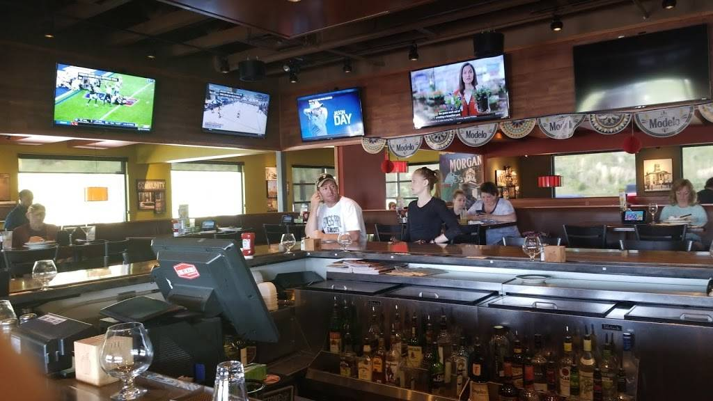 Applebees Grill + Bar | restaurant | 665 W Fleming Dr, Morganton, NC 28655, USA | 8284322940 OR +1 828-432-2940