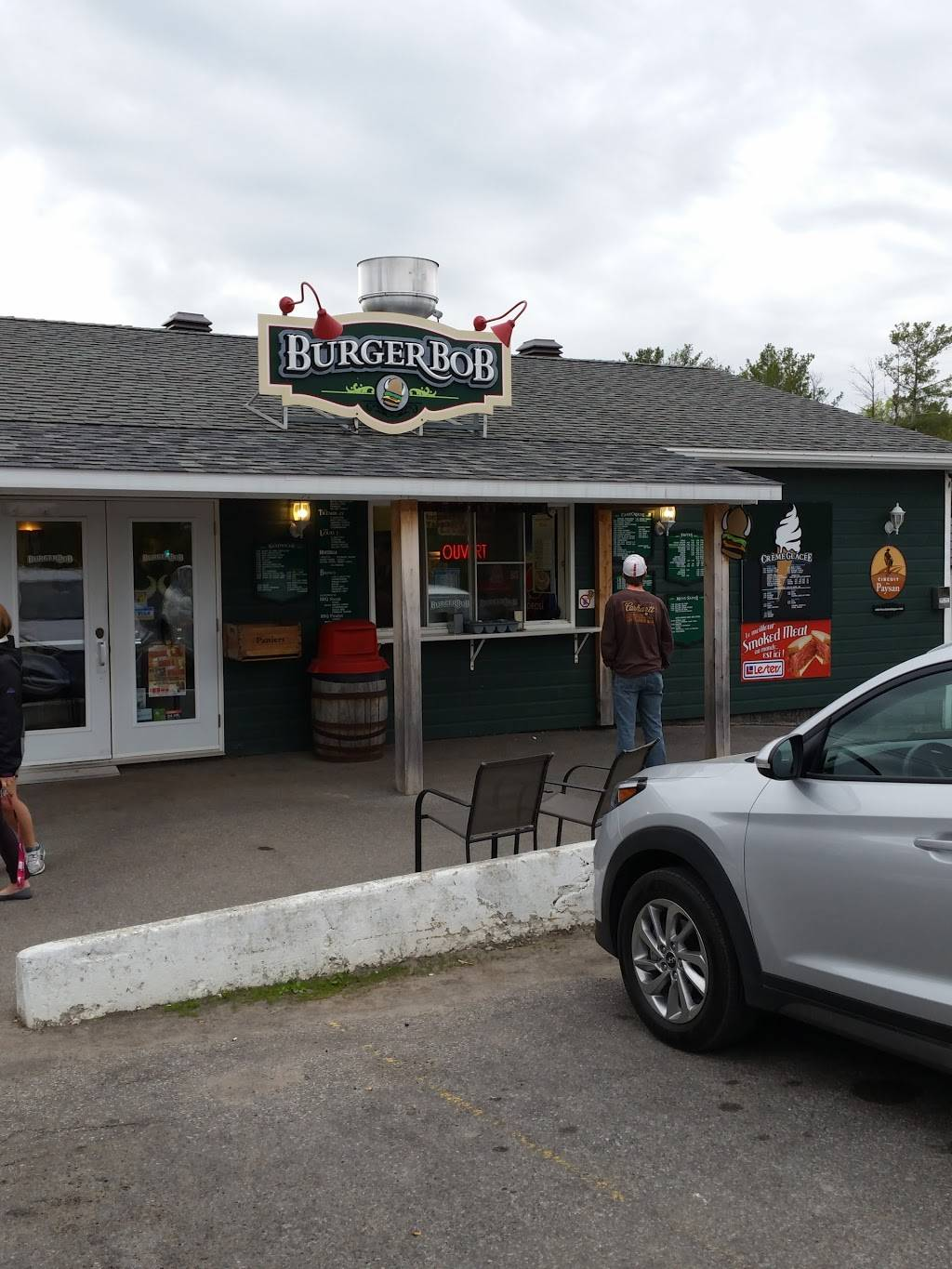 Burger Bob | restaurant | 613 219, Rte N, Hemmingford, QC J0L 1H0, Canada | 4502472624 OR +1 450-247-2624