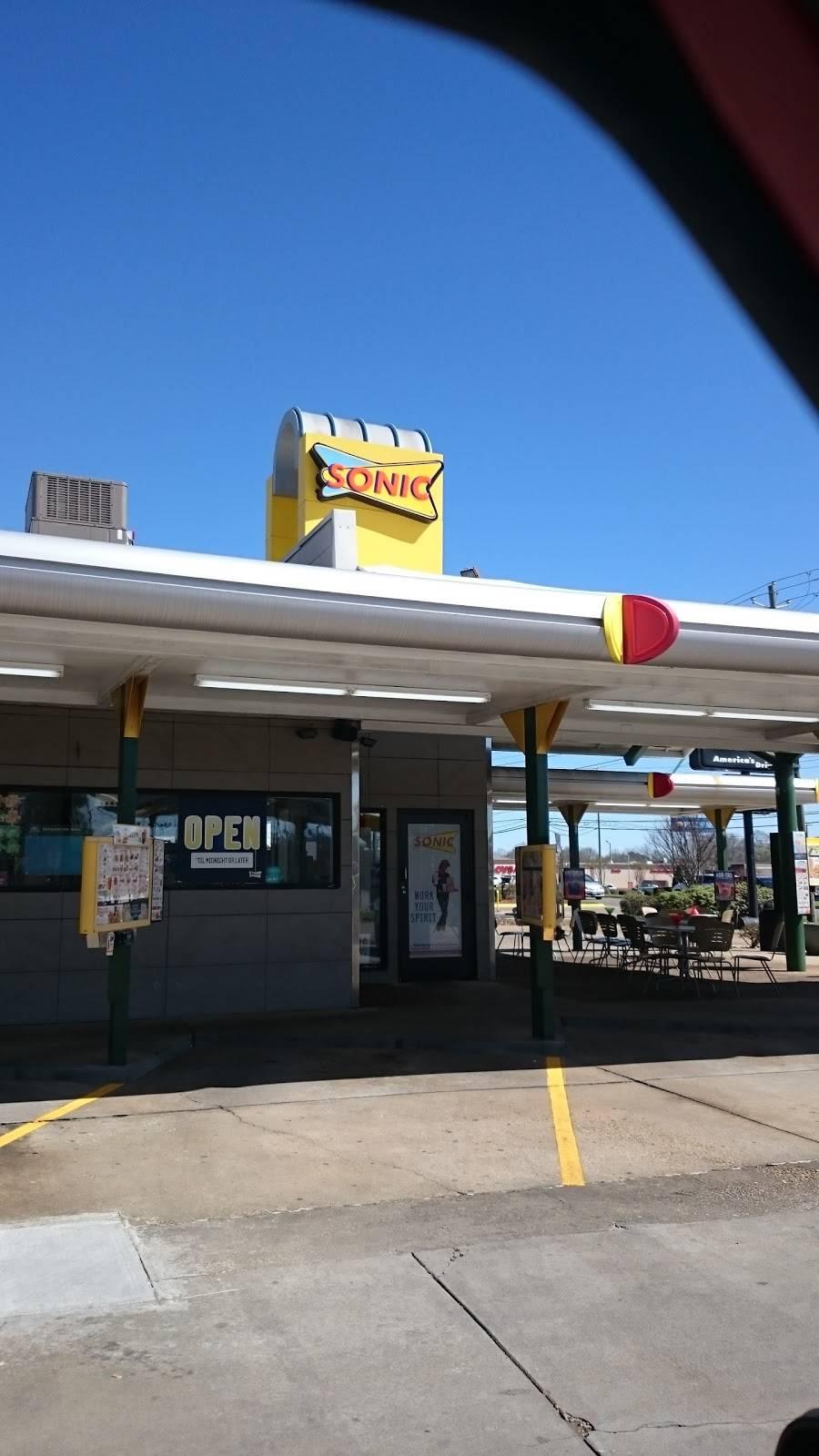 Sonic Drive-In | restaurant | 1829 E Main St, Prattville, AL 36067, USA | 3343614124 OR +1 334-361-4124