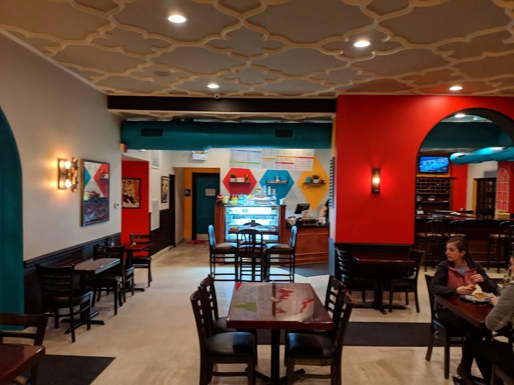 Cafecito | restaurant | 411 W Fullerton Pkwy, Chicago, IL 60614, USA | 7738571509 OR +1 773-857-1509