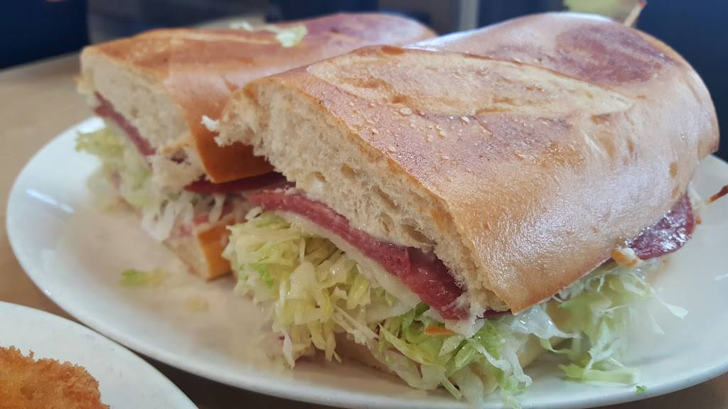 Guss Subs & Pizza Place | restaurant | 5620 Baltimore Dr, La Mesa, CA 91942, USA | 6194624877 OR +1 619-462-4877