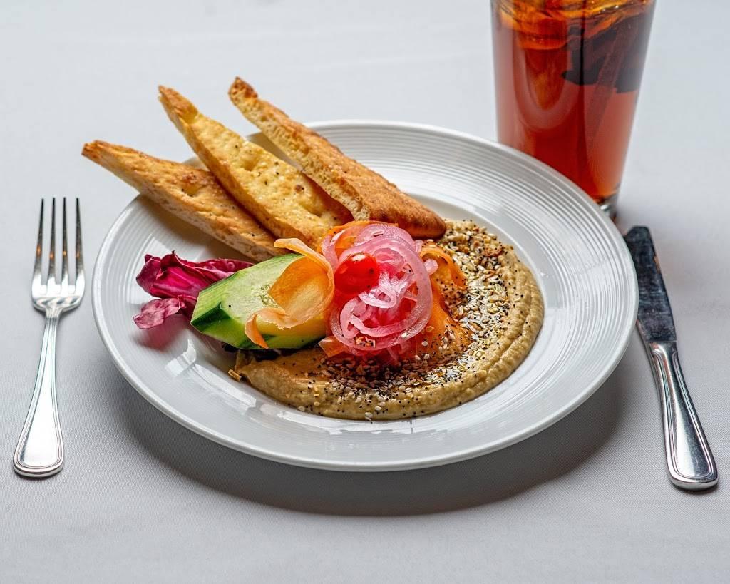 PJ Ryans @ The Rock | restaurant | 35 Edison Pl, Newark, NJ 07102, USA | 9736422100 OR +1 973-642-2100