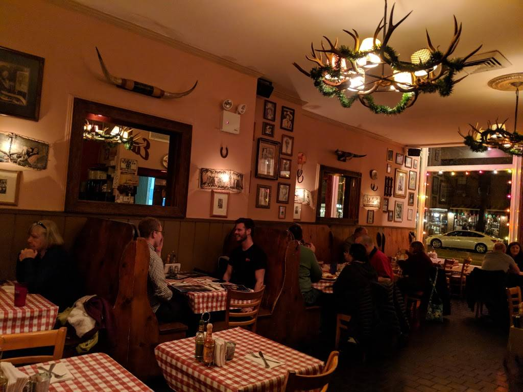 Cowgirl | restaurant | 519 Hudson St, New York, NY 10014, USA | 2126331133 OR +1 212-633-1133