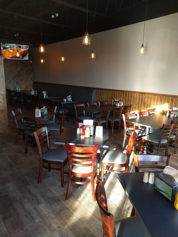 Rosatis Pizza | restaurant | 826 Centennial Dr, Hampshire, IL 60140, USA | 8476831111 OR +1 847-683-1111