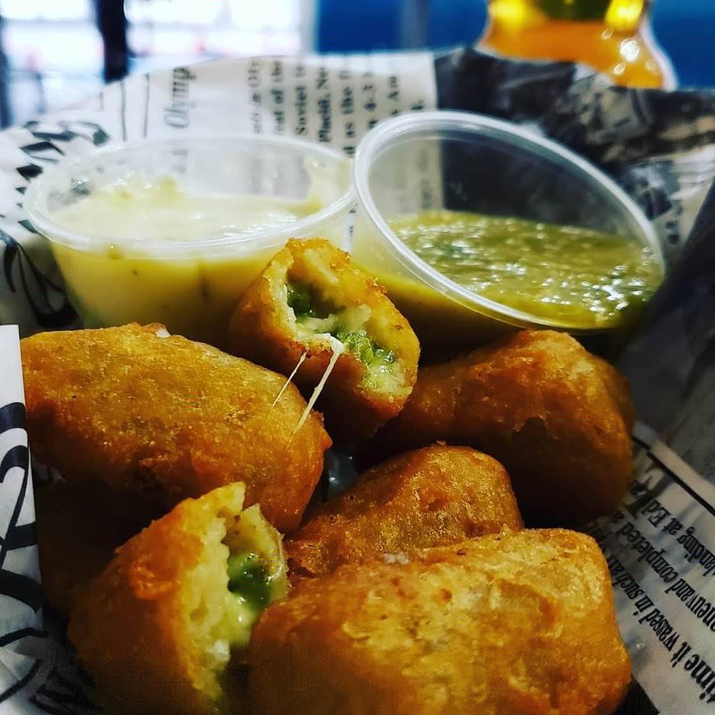 Mamas Tamales | restaurant | 616 W 9th St, Lawrence, KS 66044, USA | 7854247565 OR +1 785-424-7565