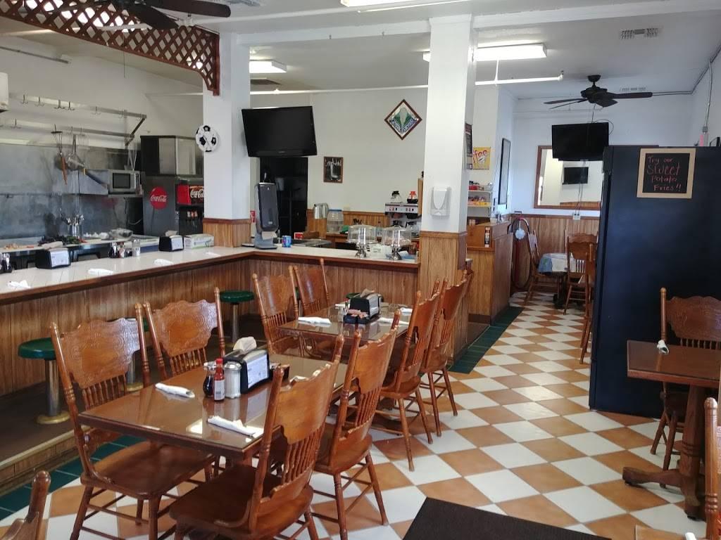 Rosies Cafe | restaurant | 3001 Bayshore Rd, Benicia, CA 94510, USA | 7077451154 OR +1 707-745-1154