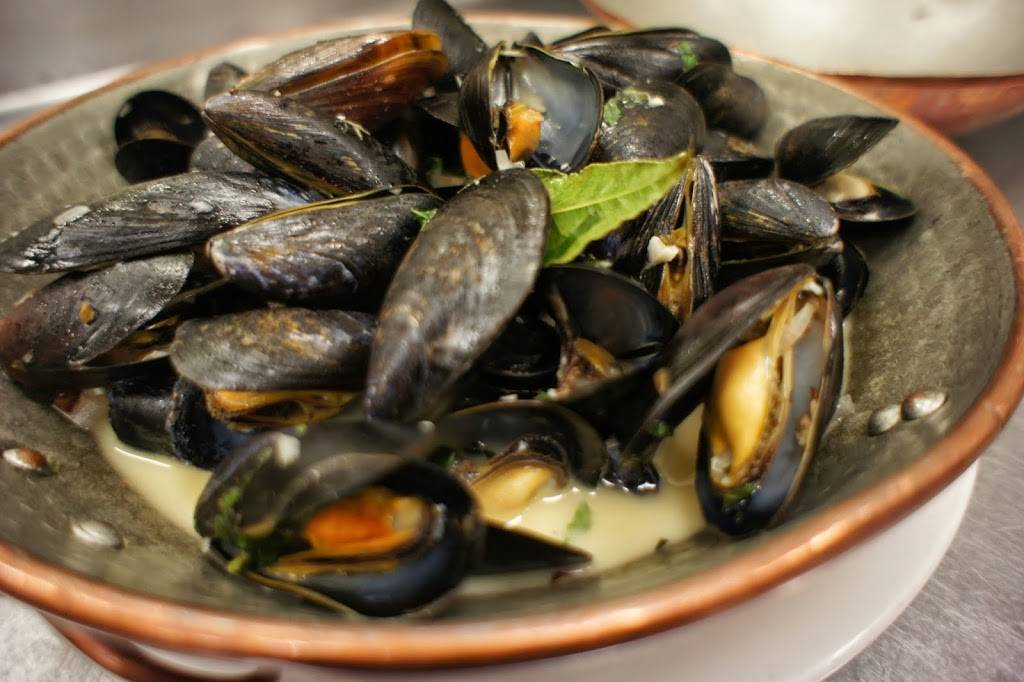 Brasserie Cassis | restaurant | 387 S Oyster Bay Rd, Plainview, NY 11803, USA | 5166530090 OR +1 516-653-0090