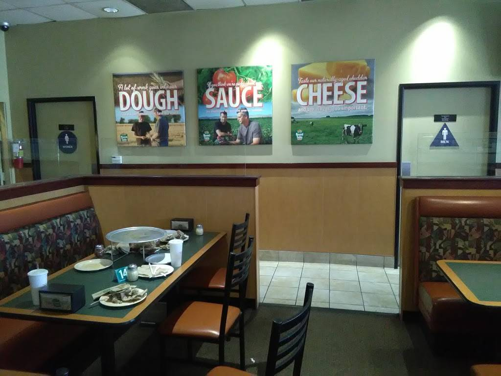 Round Table Pizza Burbank.Round Table Pizza Meal Delivery 2408 W Victory Blvd Burbank Ca