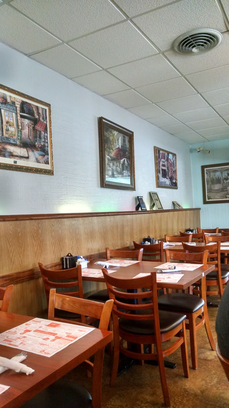Lesters Diner Inc | restaurant | 233 S Main St, Bryan, OH 43506, USA
