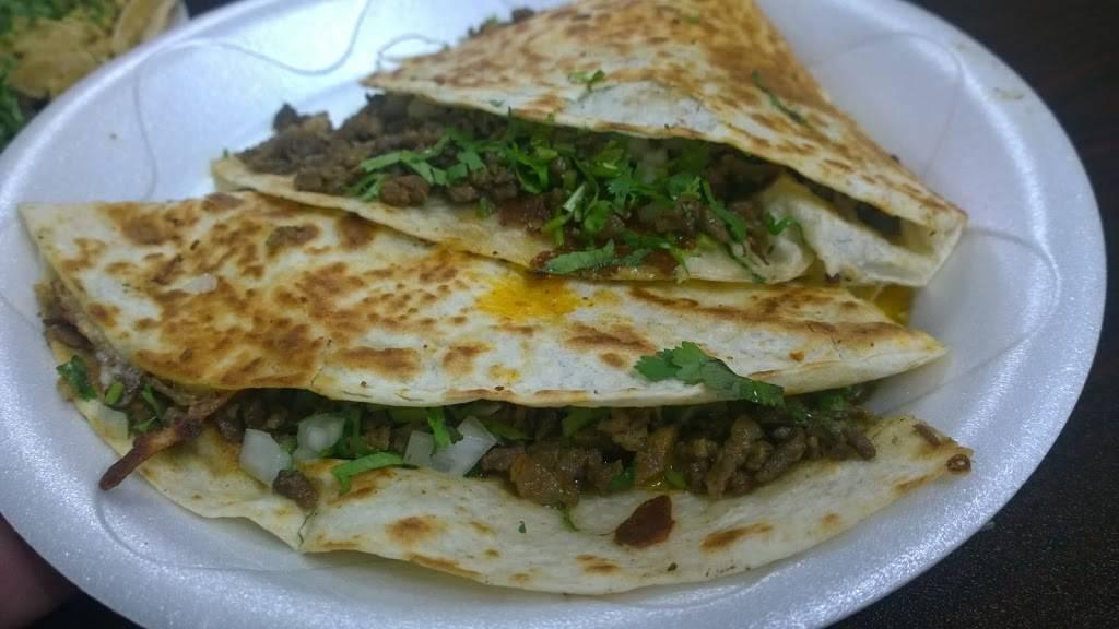 Tacos El Primo | restaurant | 3700 Central Ave, Detroit, MI 48210, USA | 3134927595 OR +1 313-492-7595