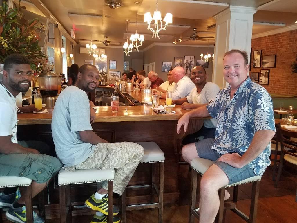 Lido Harlem | restaurant | 2168 Frederick Douglass Blvd, New York, NY 10026, USA | 6464908575 OR +1 646-490-8575