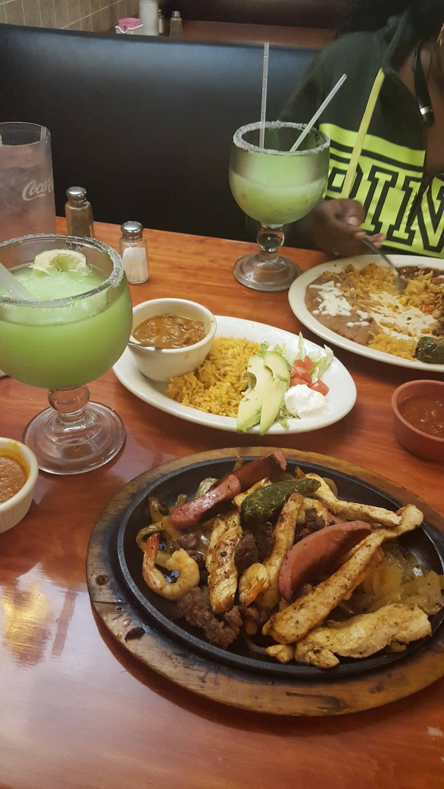 Rodriguez Mexican Grill   restaurant   8009 Lake June Rd, Dallas, TX 75217, USA   2143090212 OR +1 214-309-0212