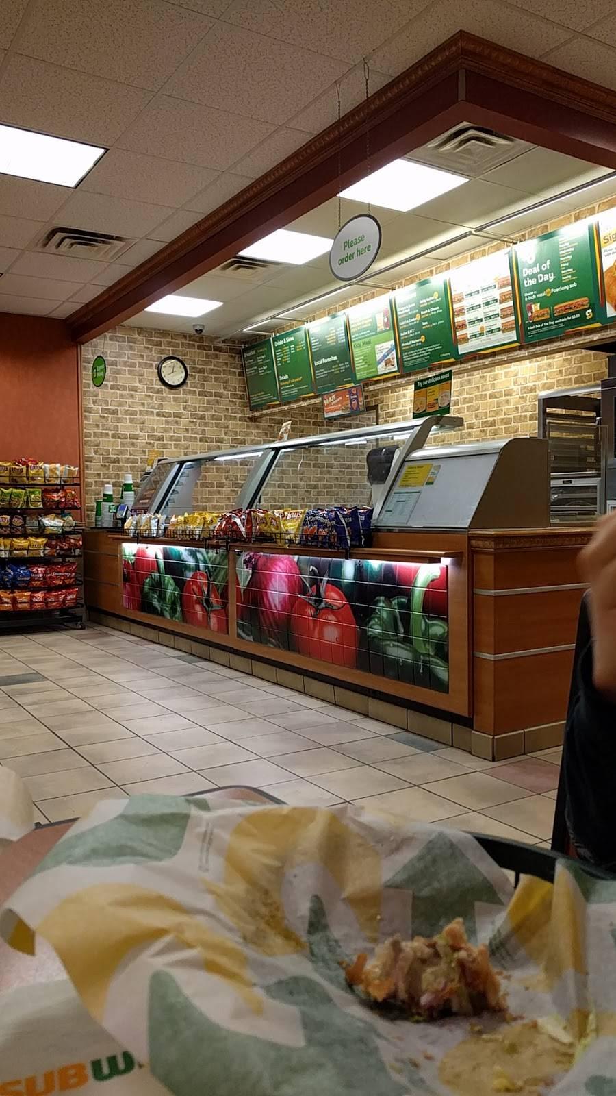 Subway   restaurant   9978 Spotswood Trail, McGaheysville, VA 22840, USA   5402895110 OR +1 540-289-5110